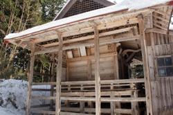 白山神社本殿(県指定有形文化財)