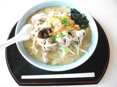 肉野菜ラーメン(味噌・塩・醤油味)892円(税込)