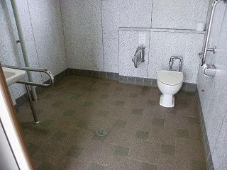 北上総合運動公園障がい者用トイレ