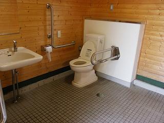 九年橋せせらぎ公園トイレA棟 障がい者用トイレ